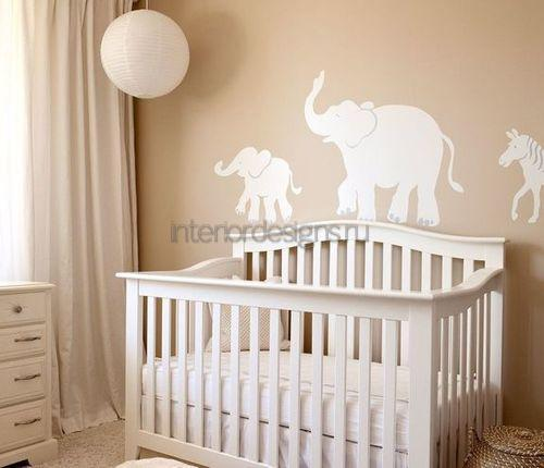 Слоники на стенке