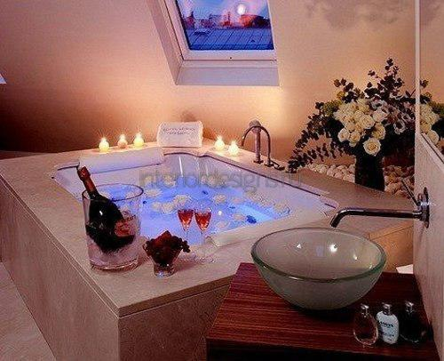 Декор ванной ко Дню святого Валентина