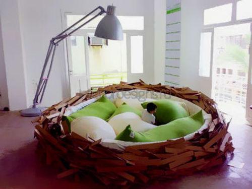 Гнездо в спальне