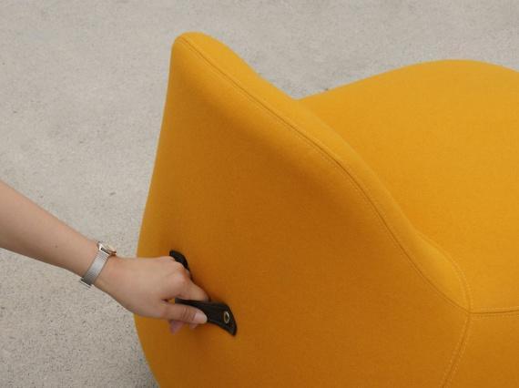 Кресло-неваляшка «Yolk» – проект южнокорейского дизайнера, Джун Канг.