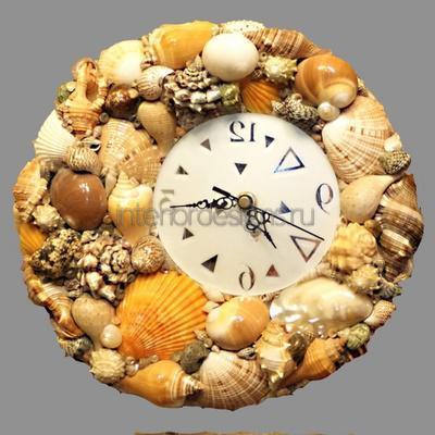 Декорирование часов ракушками
